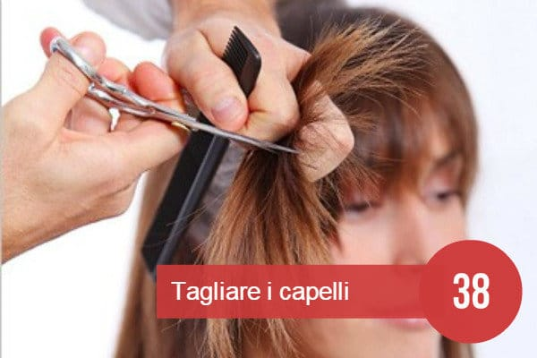 Sognare di tagliare i capelli dalla spazzola